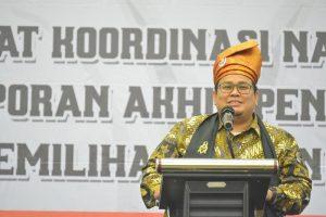 Buka Rakornas, Pimpinan Bawaslu RI Pakai Tanjak Melayu Tamiang